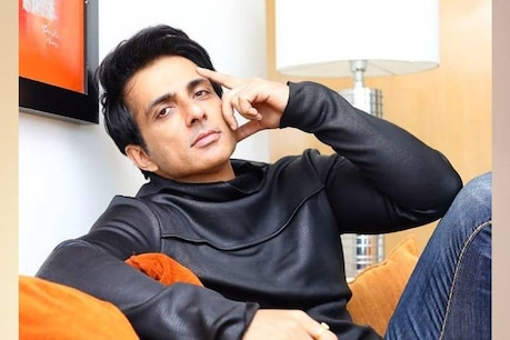Sonu Sood continued to help people even when he was infected.  (File Photo)